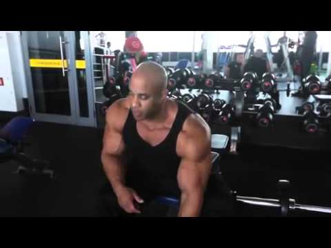 BodyBuilding - MasterClass Victor Martinez Training Biceps 2014 -  BodyBuilding IFBB
