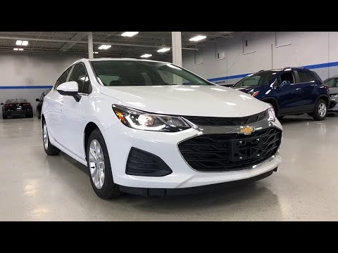 2019 Chevrolet Cruze Lake Bluff, Lake Forest, Libertyville, Waukegan, Gurnee, IL C19997