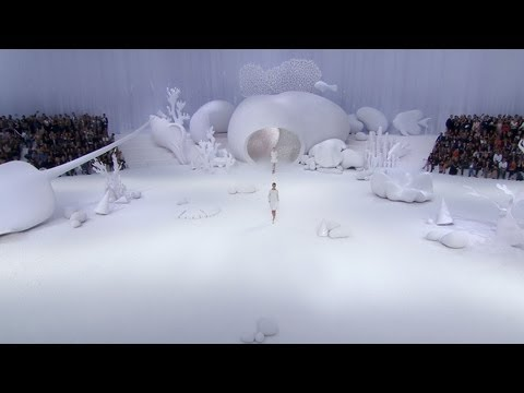 Spring-Summer 2012 Ready-to-Wear Show - CHANEL