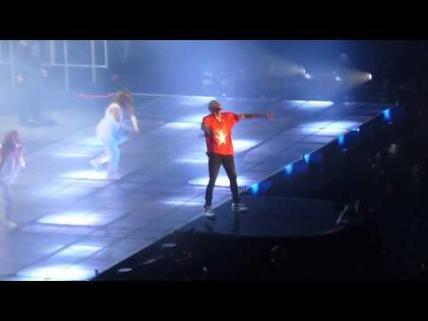 Chris Brown - Don't Wake Me Up LIVE ! AT Bercy PARIS 09/12/12