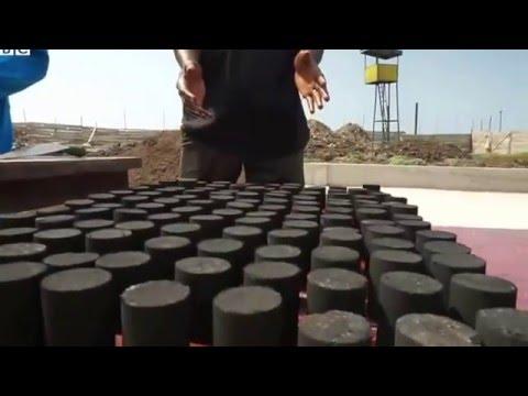 Slamson Ghana  - BBC - Ghana's green energy gamble on 'poo-power'