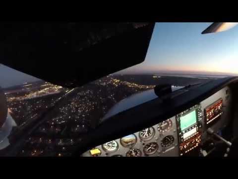 Cessna 172 Approach and Landing Newport News