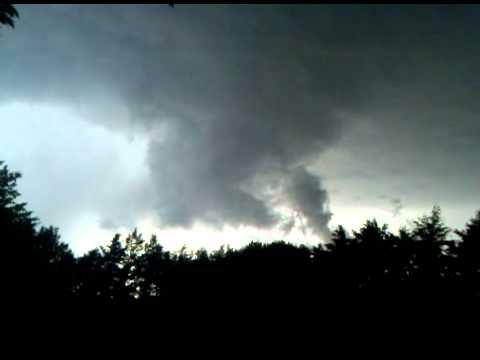 Tornado in Maize KS 6/8/2011