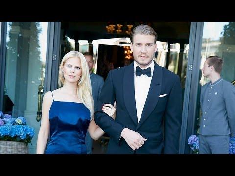 Nicklas Bendtner og Julie Zangenberg holdt velgørenhedsfest