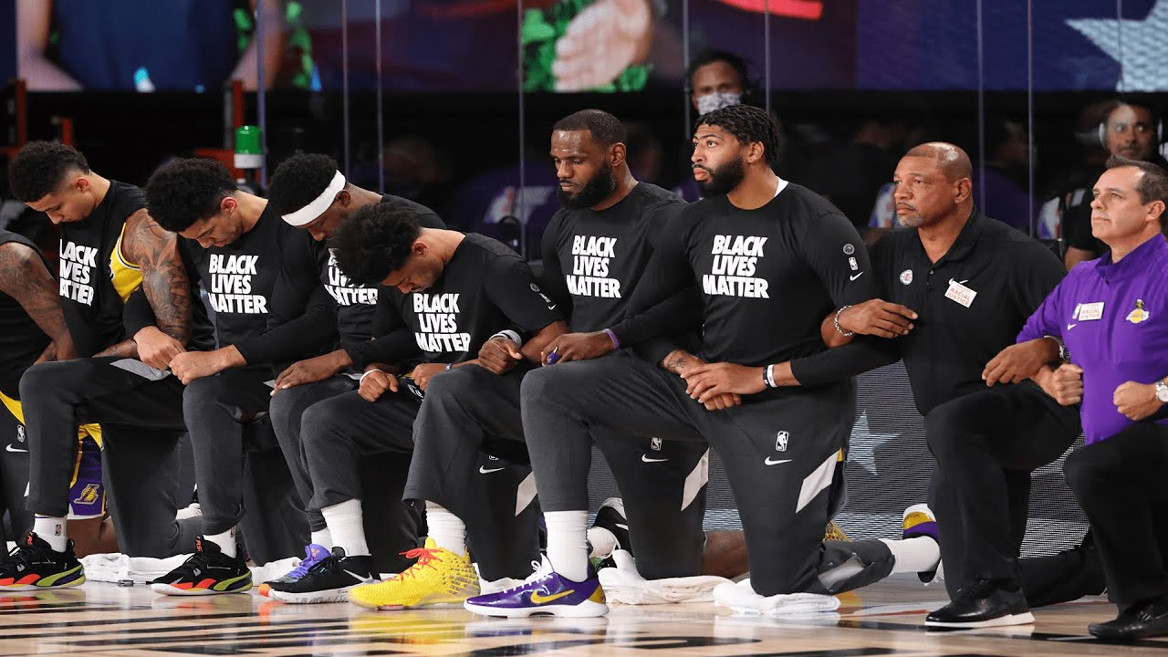 Clippers And Lakers Kneel In Solidarity During National Anthem Youtube
