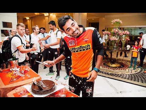 Bhuvneshwar Kumar Unseen Dressing Room Funny Cricket Videos