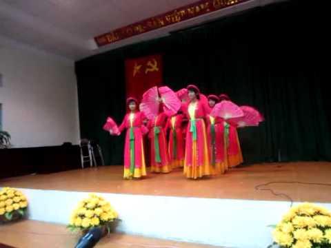 múa Cây trúc xinh _11 Văn chuyên Hưng Yên 2011-2012