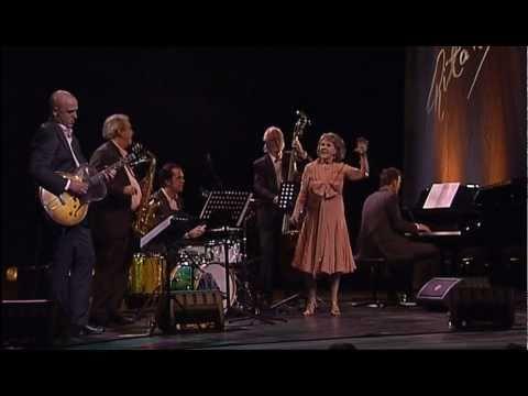 Russian Lullaby (Irving Berlin) - Rita Reys