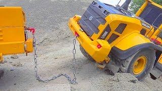 BIGGEST RC CONSTRUCTION SITE! HEAVY RC VEHICLES WORK REAL! VOLVO WHEEL LOADER IN DANGER! COOL RC TOY