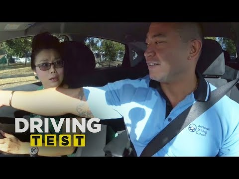How not to reverse park | Driving Test Australia