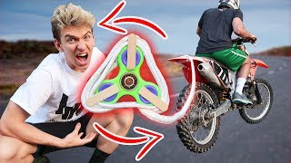 FIDGET SPINNER VS DIRT BIKE!!
