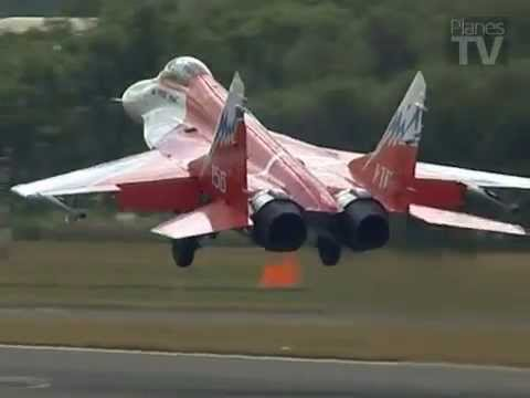 MiG-29OVT at Farnborough International Airshow 2006