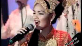Video Cindai Live   by Siti Nurhaliza download MP3, 3GP, MP4, WEBM, AVI, FLV Oktober 2017