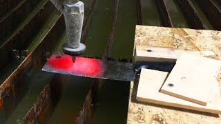 Glowing 1000 Degree Knife Vs A 60,000 PSI Waterjet