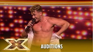 """The Ladies Man"" Scott Wilkes Leaves Everything OUT On The Stage! 