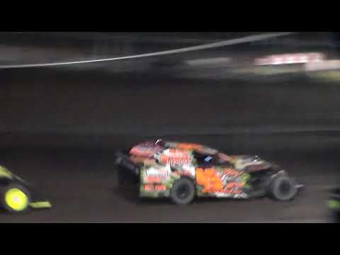 Modified Bmain 3 @ Hancock County Speedway 08/11/17