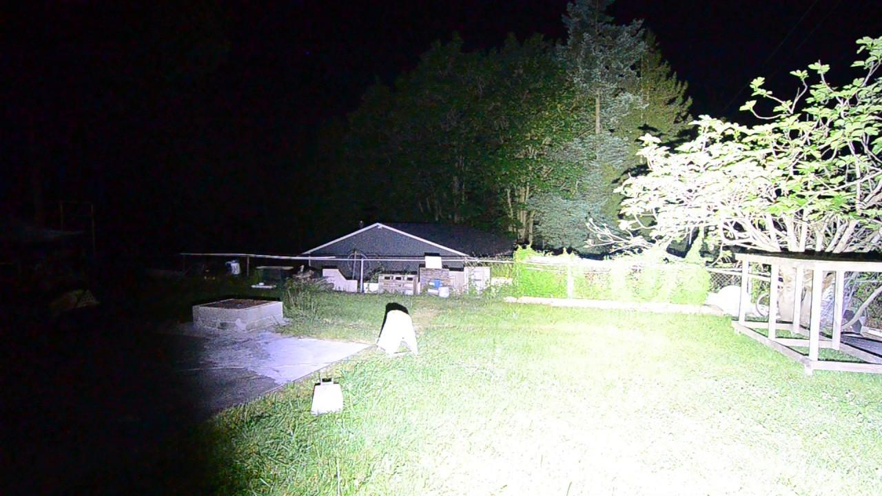 Olight X7vn70 2 21 000 Lumen Night Beam Shot Youtube