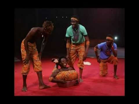 AFRICAN BROTHERS ACROBATICS SHOW PICTURES