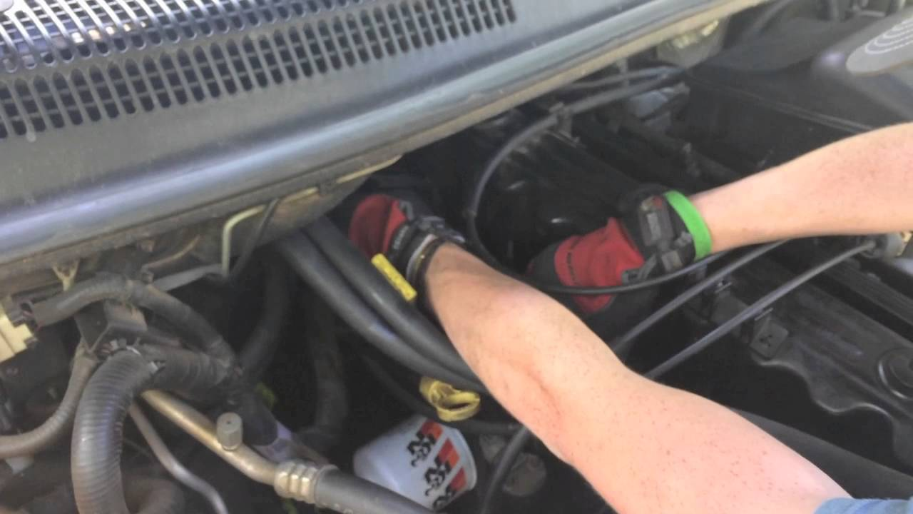 how to change your spark plugs 2002 jeep grand cherokee youtube how to change your spark plugs 2002 jeep grand cherokee