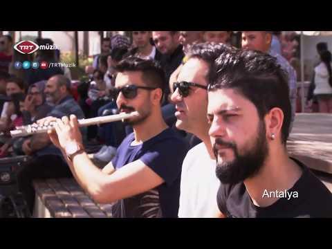 TRT Müzik - Neşeli Sokaklar Klibimiz | Medcezir #TRTMüzik