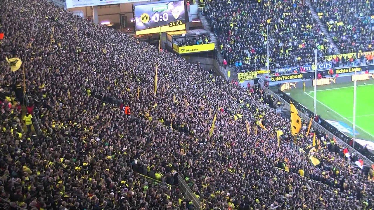 Stimmung Südtribüne: Borussia Dortmund - VfB Stuttgart BVB Atmosphere 03.11.2012