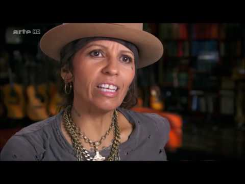 """Soundbreaking 17/02/17 (Arte) - Linda Perry about """"Beautiful"""" by Christina Aguilera (French)"""