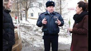 отделение ГИБДД г Вятские Поляны поздравило автоледи(, 2017-03-07T14:00:54.000Z)