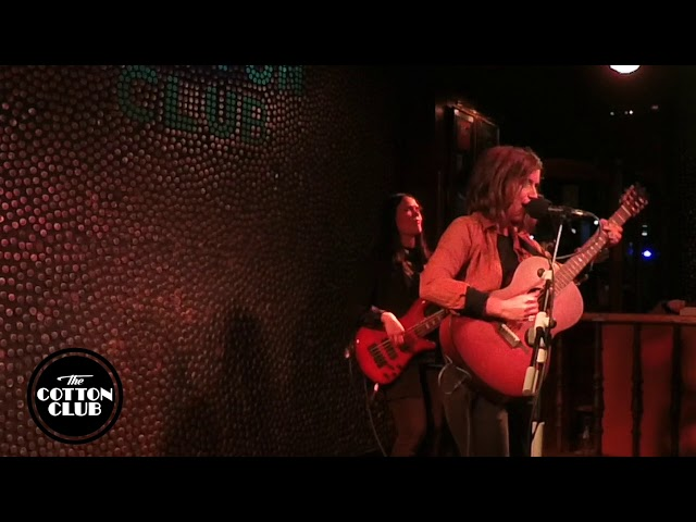 Carmen Boza en directo en Cotton Club Bilbao