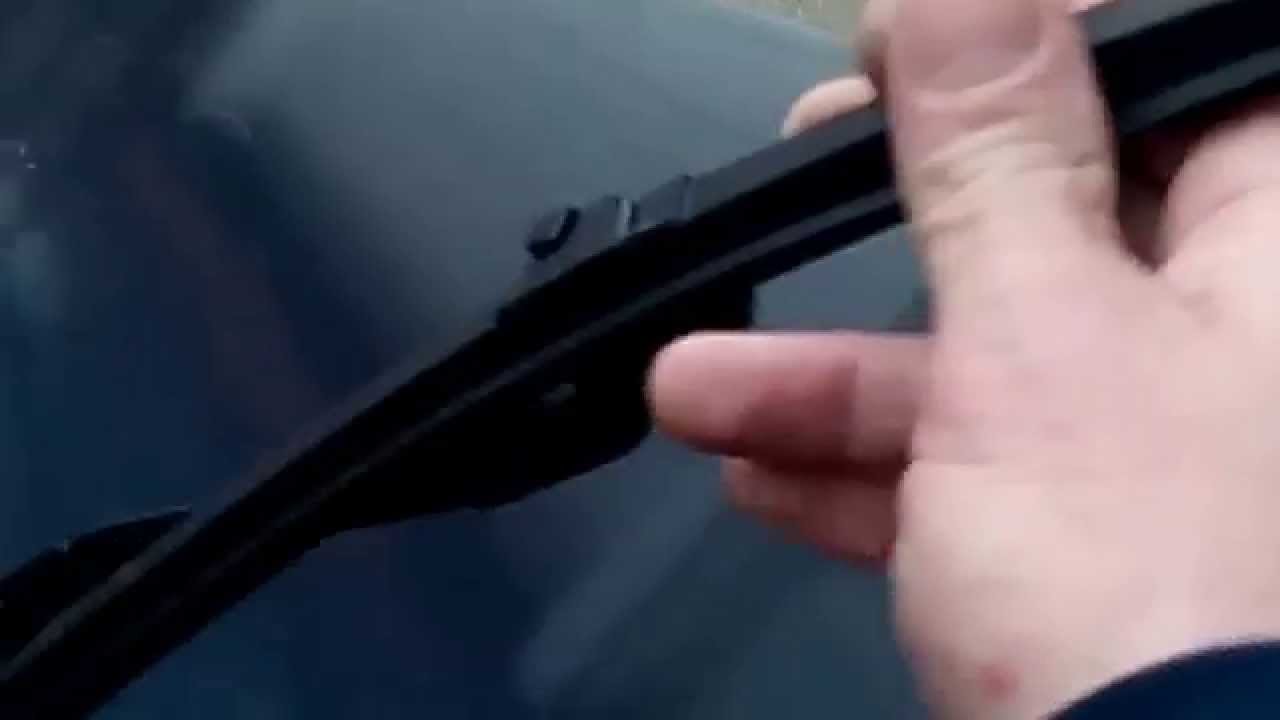 How to replace mercedes c300 4matic windshield wipers for Mercedes benz c300 windshield replacement