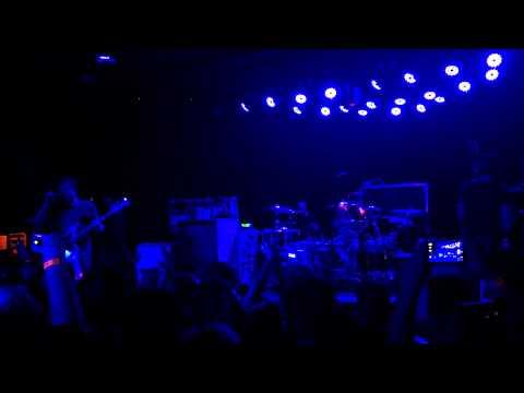 Blink 182 w/ Matt Skiba - Up All night + Going away to college