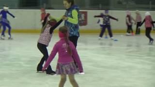 Обманный шаг. Фигурное катание дети 4 года #Элементы фигурного катания для начинающих
