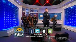 "Plan B performs ""Love Goes Down"""
