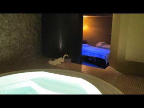 Vasca Da Bagno Uma Jacuzzi : Installazione vasca idromassaggio c o centro benessere sabai thai