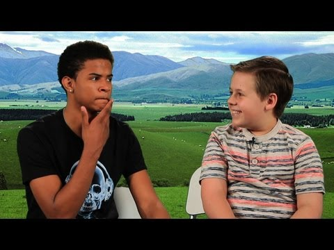 Trevor Jackson and Jackson Brundage Teach You How To Dougie