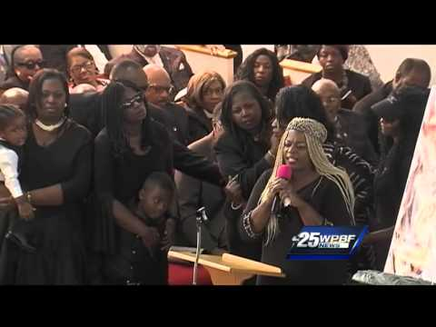 Hundreds pack church to remember Corey Jones
