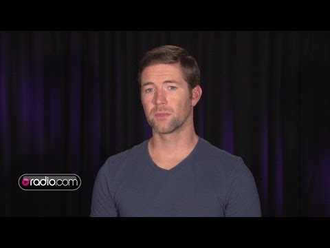 Josh Turner On His Personal First Book, 'Man Stuff: Thoughts On Faith, Family, and Fatherhood'