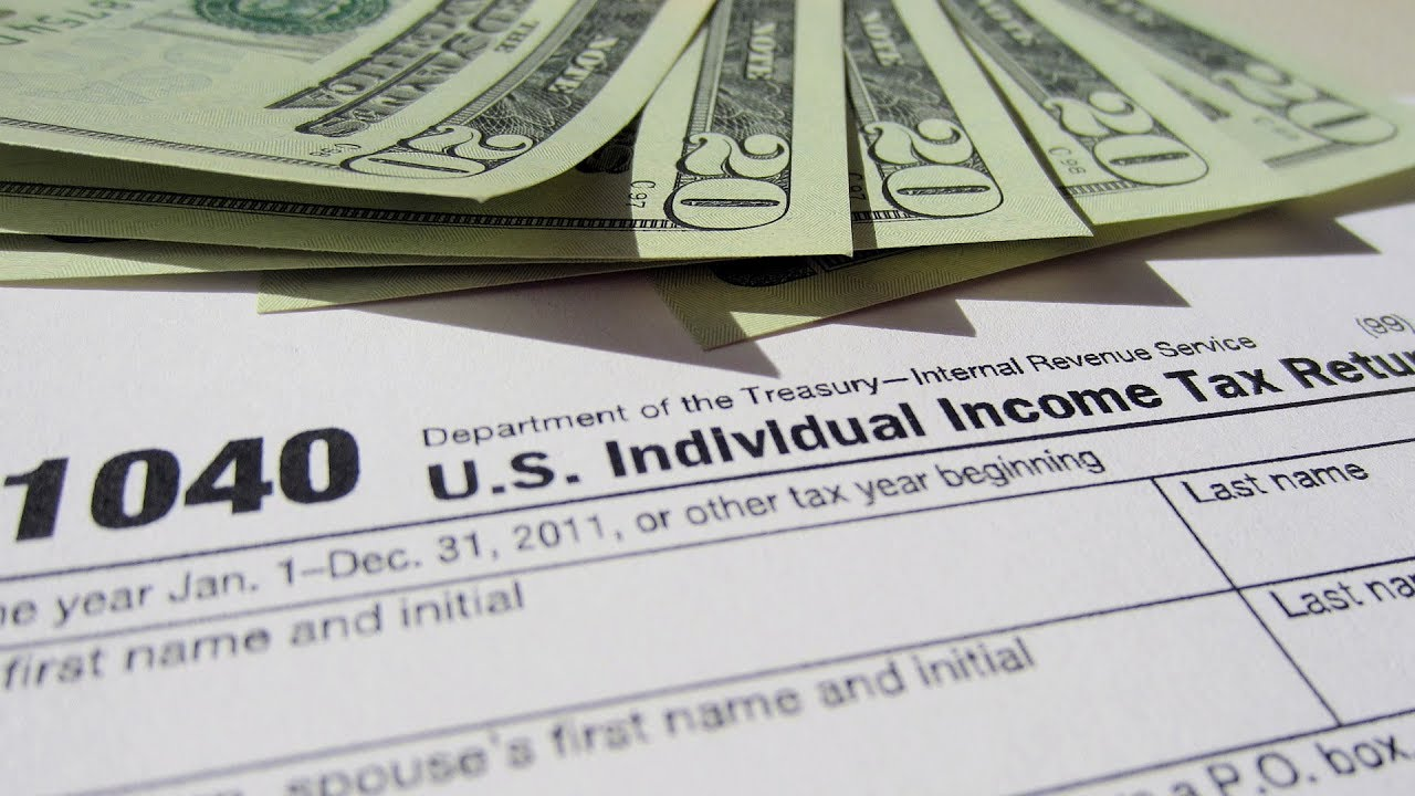 Trump and your finances: Taxes, student and payday loans, tips targeted in 1st year