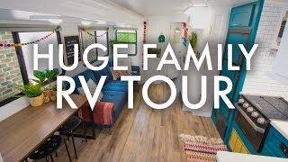 HUGE FAMILY RV TOUR : Adventuring Family of 11