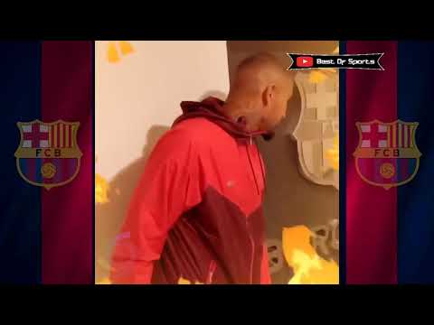 Printing Boateng shirt in barcelona