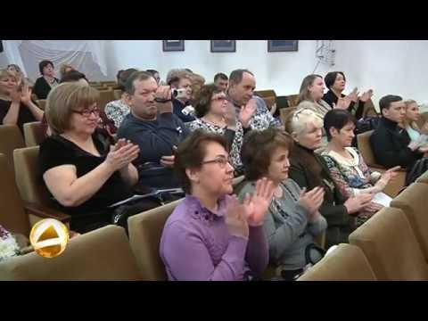 В Мегионе состоялся сольный концерт Альбины Шайхиевой