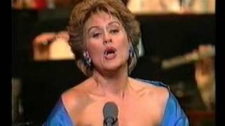 "Dame Kiri Te Kanawa sings ""Quando men vo"" - ""La Boheme"""