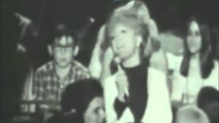 Petula Clark - Downtown (The Big T N T  Show - 1966)