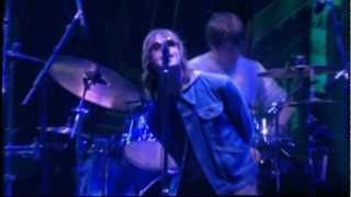 Baixar Oasis - Champagne Supernova (live in Wembley 2000)