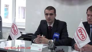 Продавець-консультант салону Петро Салюк про гарантії BYD