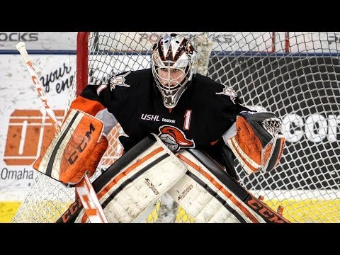 2013-14 USHL Goaltender of the Year: Hayden Hawkey