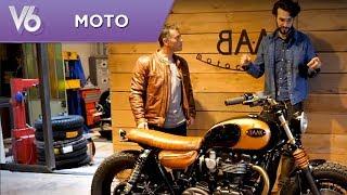 Zef prend le guidon d'une Triumph préparée par BAAK motocyclettes. ...