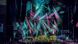Watch Phish Seven Below video