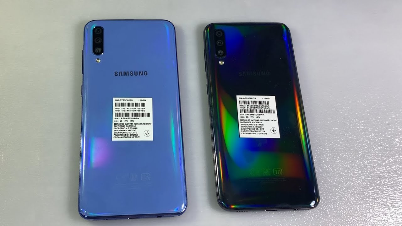 Samsung Galaxy A70 vs Samsung Galaxy A50 - YouTube