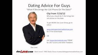 Dating Advice For Guys:  What If She Brings Her Cell Phone On The Date?