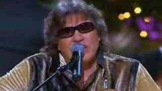 Watch Jose Feliciano Feliz Navidad video